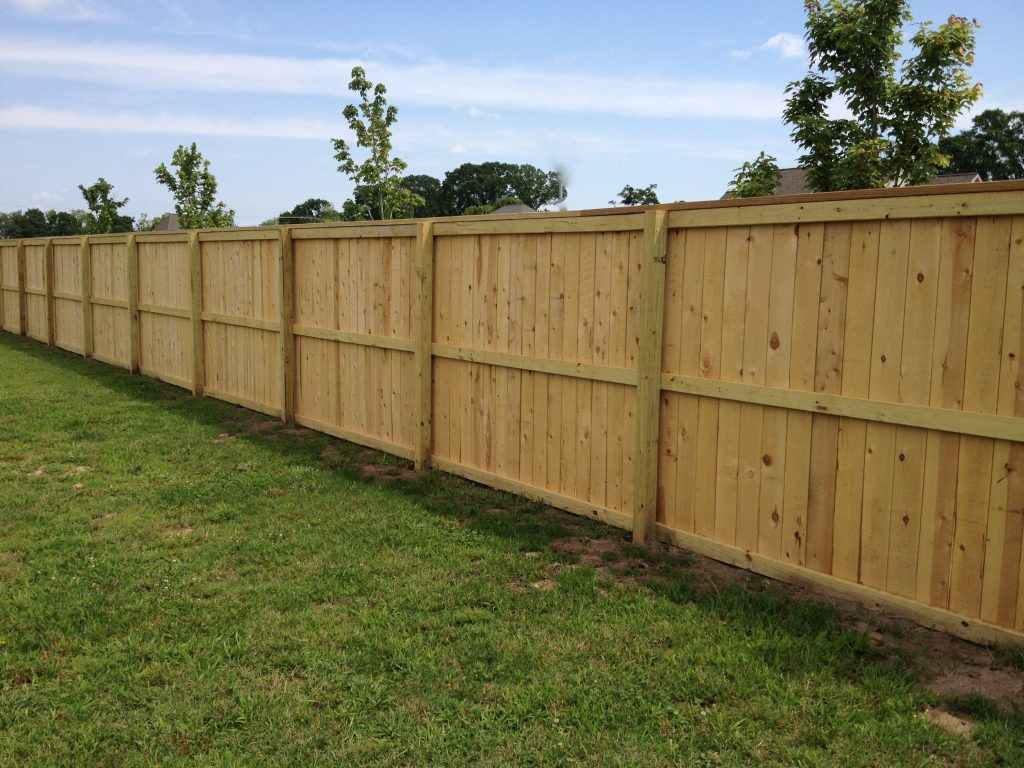 Feater edge fencing